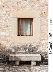 panca pietra, finestra, sotto