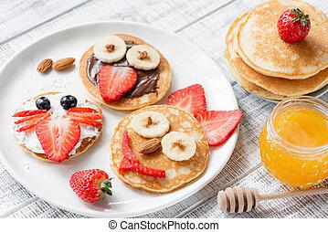 Pancake food art for kids