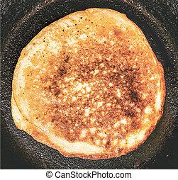 pancakes in frypan