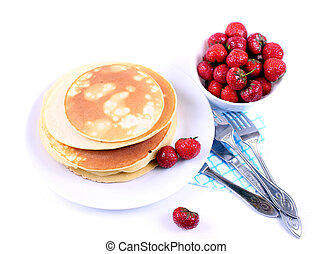 pancakes with juicy strawberries