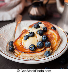 Pancakes with Mascarpone and Blueberries