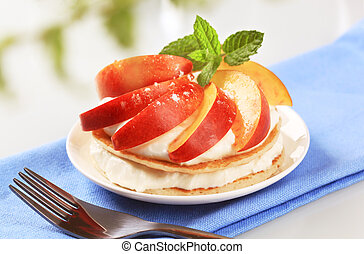 Pancakes with quark and fruit - Pancakes with sweet cheese ...