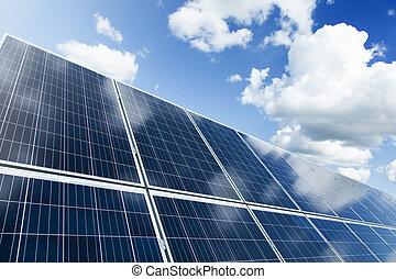 panel solar, y azul, cielo