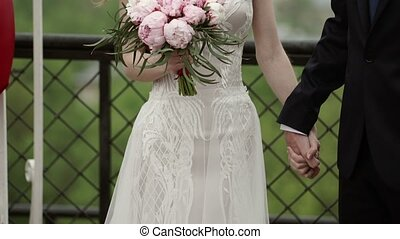 panna młoda i oporządzają, na, poślubna ceremonia