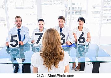 panneau, signes, tenue, groupe, femme, juges, devant,...