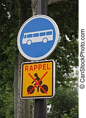panneau du code de la route