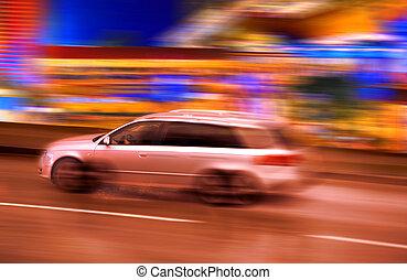 Panning car