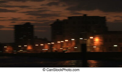 Panning from light to dark - A panning going from Malecon...