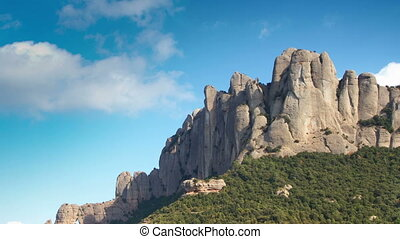 panning, timelapse, van, de, beroemd, en, majestueus, montserrat, bergen, in, catalonië, dichtbij, barcelona, spanje
