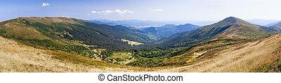 Pano view of Carpathian mountains near Drahobrat. - Pano...