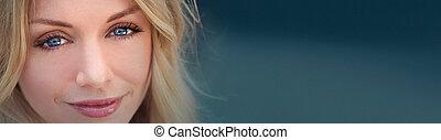 panoamic, bonito, loura, mulher, com, olhos azuis
