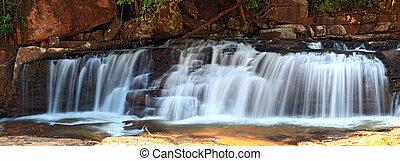 panoráma, közül, tropikus, tadtone, vízesés, alatt, esőerdő,...