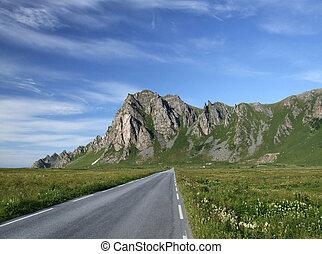 panorâmico, estrada, e, montanhas, em, noruega