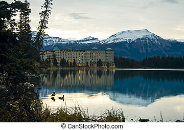panorâmico, lago louise