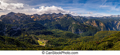 panorâmico, paisagem, alcance montanha, vista, cabana, lago, distância, slovenia, bohinj