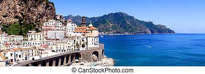 panorama, amalfi płyną
