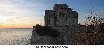 panorama, chiesa, talmont, francia, sopra, mare