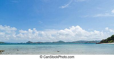 Panorama of beautiful sea and blue sky in summer at sattahip chonburi thailand