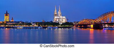 Panorama of Cologne at night - Panorama of night Cologne...