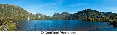 Panorama of Lake dove cradle mountain, Tasmania