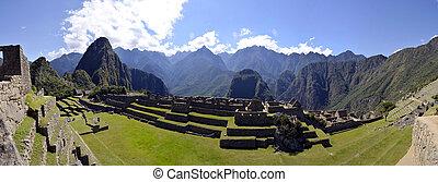 Machu Pichu with Huayna Picchu in Peru - Panorama of Machu...