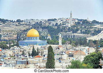 Panoramic view of Mount of Olives and the Dome of the Rock in Jerusalem.