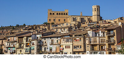 Panorama of the castle and church of Valderrobres