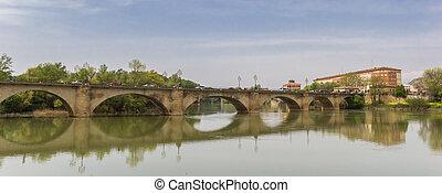 Panorama of the historic Piedra bridge in Logrono
