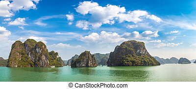 Panorama of World natural heritage Halon bay, Vietnam in a summer day