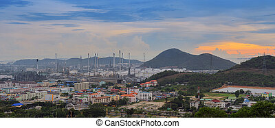 Panoramic area oil industry. - Panoramic area oil industry...