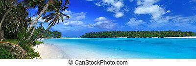 Panoramic Lagoon II - Tropical Panorama