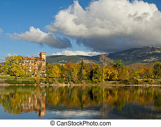 panoramic of a house by the lake