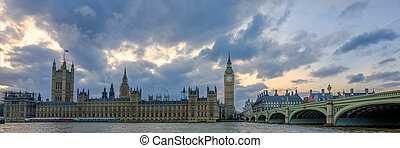 Panoramic of Big Ben House of Parliament, Westminster Bridge and