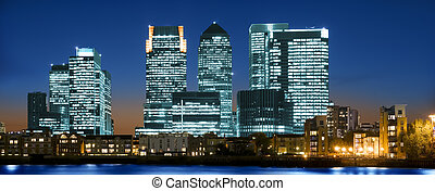 Canary Wharf - Panoramic picture of Canary Wharf view from...