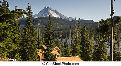 Panoramic View Cabins Around Olallie Lake Near Mount Jefferson