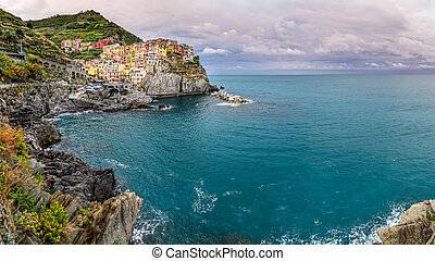 Panoramic view of colorful village Manarola, Cinque Terre