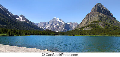 Panoramic view of Glacier national park in Montana