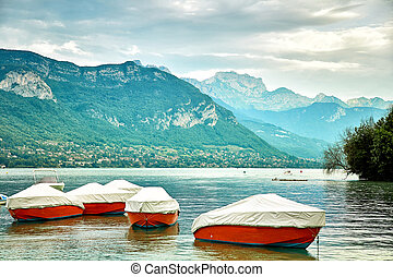 Panoramic view of Lake Annecy in France