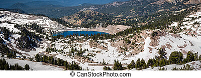 Panoramic view of Lake Helen and the surrounding area as ...