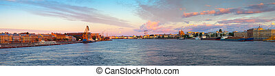 Panoramic view of Neva river in morning. Saint Petersburg, ...