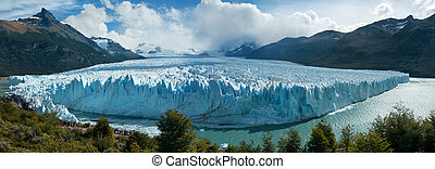 Panoramic view of Perito Moreno Glacer, Patagonia, Argentina...