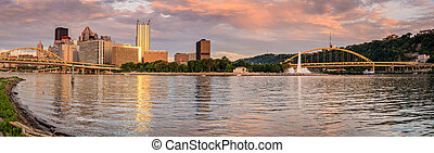 Pittsburgh skyline and Point State Park