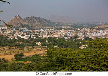 Panoramic view of Pushkar to the lake