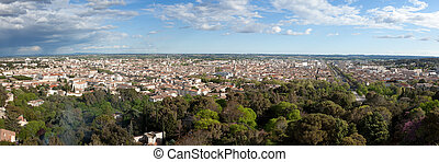 Panoramic view of the city of nimes in France