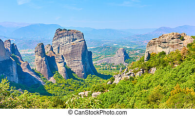 Panoramic view of the rocks in Meteora and Thessaly valley ...