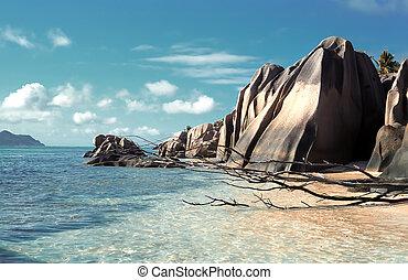 Seychelles - Panoramic view on La Dig island beach, ...