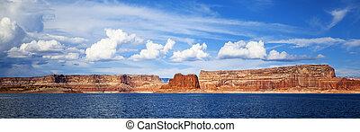 panoramic view on lake Powell