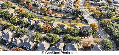 panoramisch, hoogste mening, stedelijk spreidt uit, voorsteden, dallas, gedurende, herfst, zee