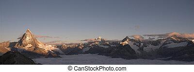 panoramisch, matterhorn, sunrise., ansicht