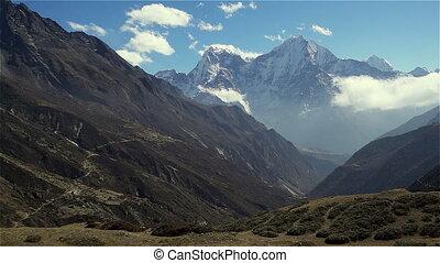 panoramische ansicht, von, berge, in, himalayas, nepal, auf,...